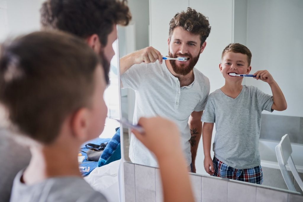 Prevent periodontitis with good oral hygiene